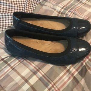 Navy Blue Clark's dress shoes size 8.5